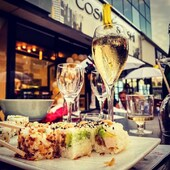 Sushis+champagne 🍣🍱🍾🌟#cosmosushi #champagnephilippemartin #perfectmatch #love